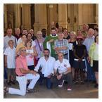 Père Matthieu et la communauté de Saint Michel
