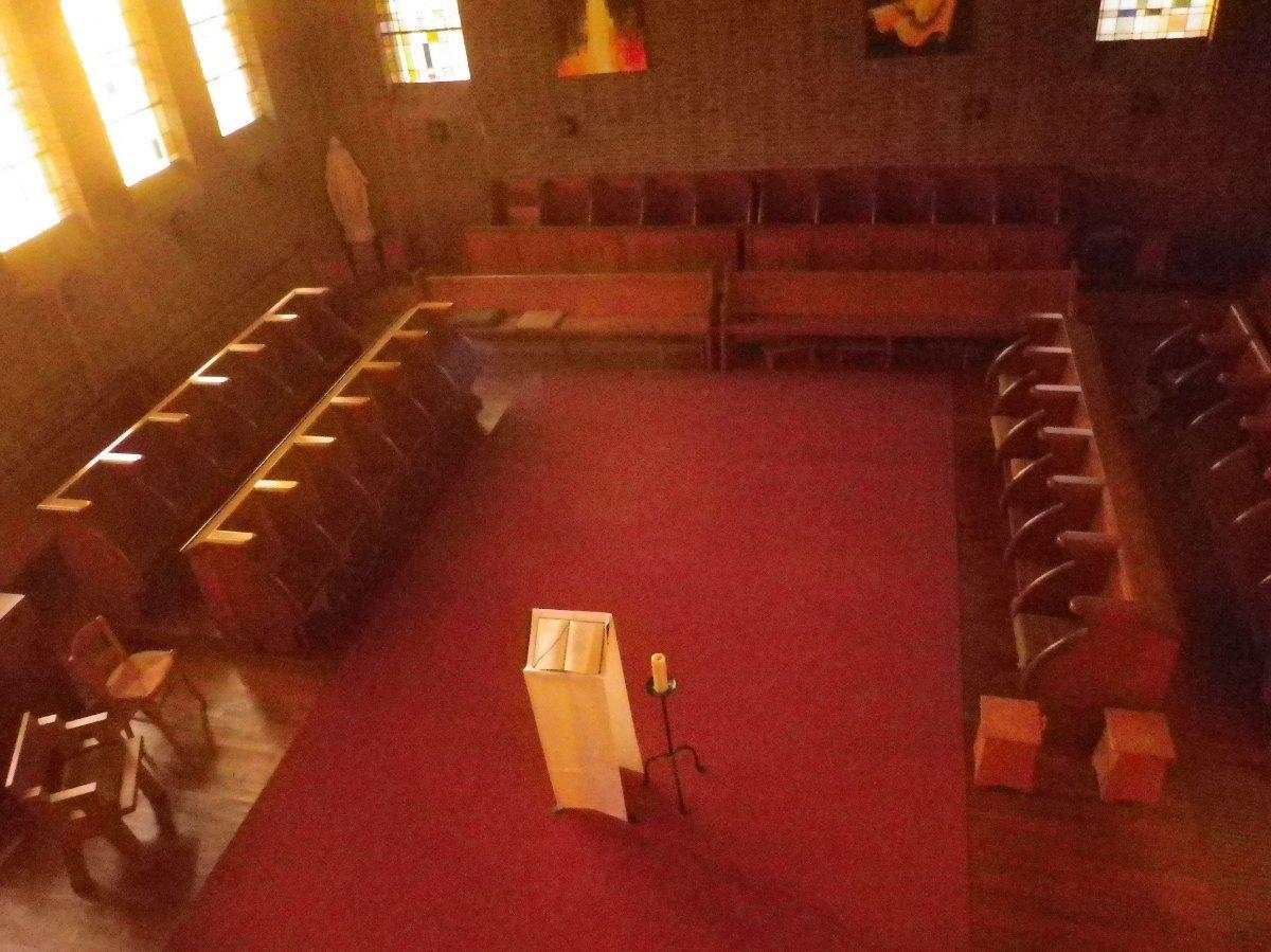 032- La chapelle, cote stalles