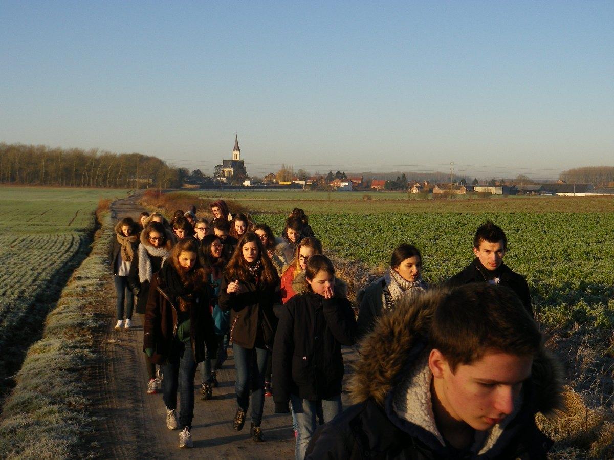 044- Pendant la marche