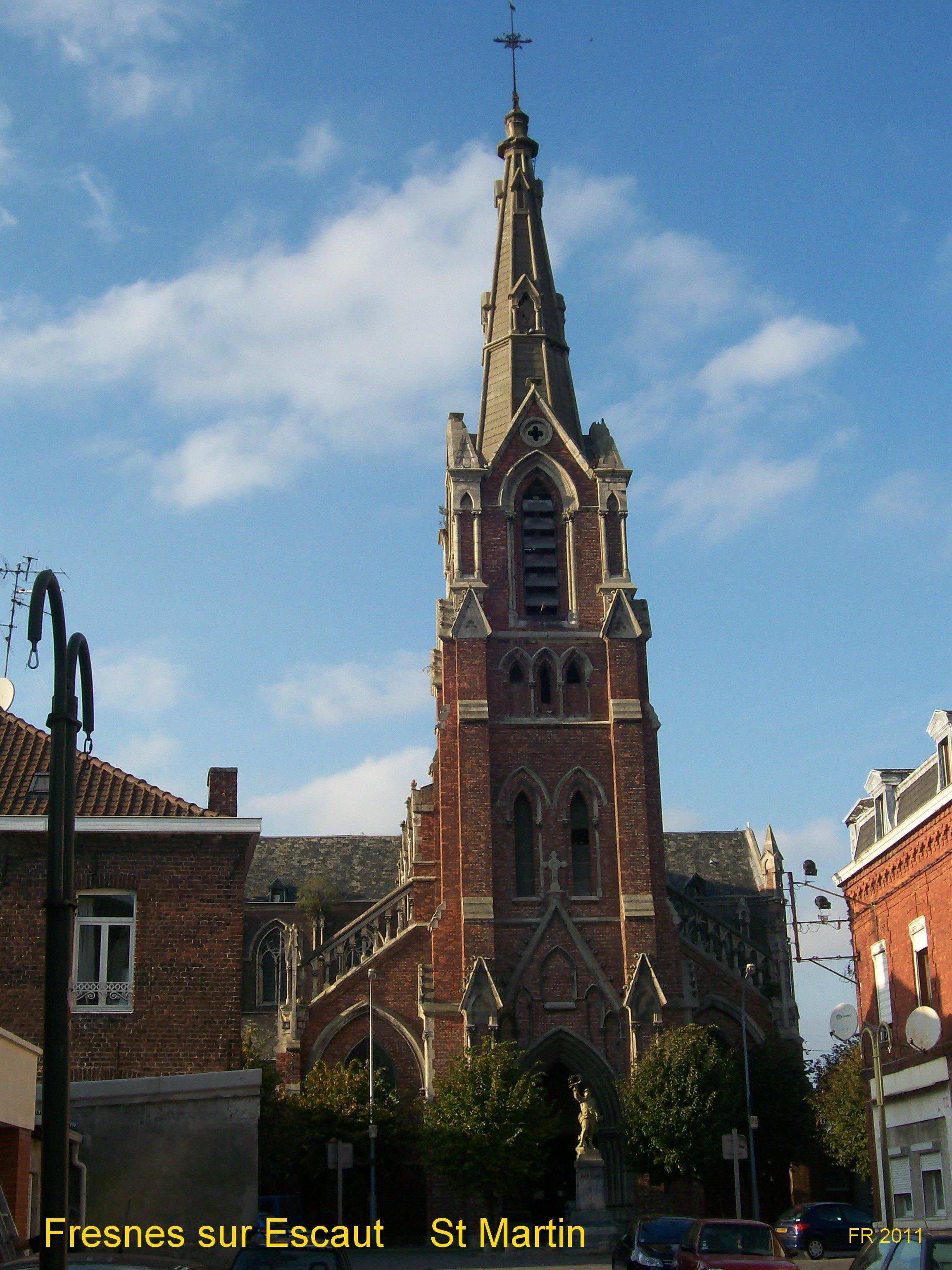 Rue Jeanne d'Arc (proximité mairie).Entrée chapelle : rue Taffin
