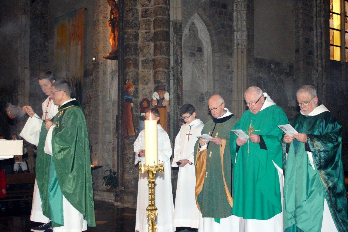 1502_4e dimanche du Temps Ordinaire 8