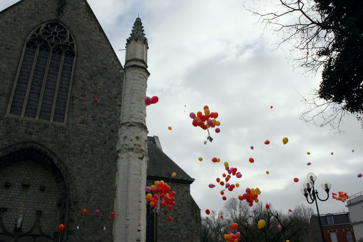 1502_Lacher de ballons 12