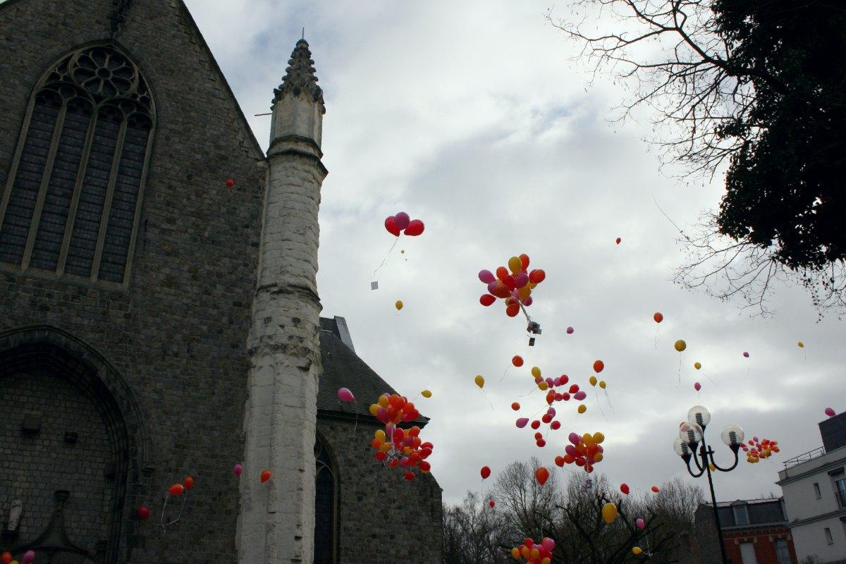 1502_Lacher de ballons 13