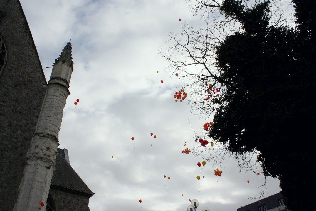 1502_Lacher de ballons 15