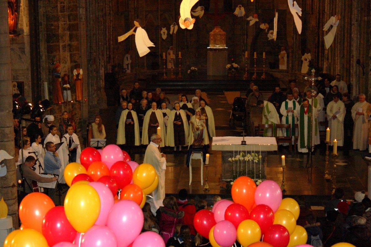 1502_Messe avec les consacrés 13