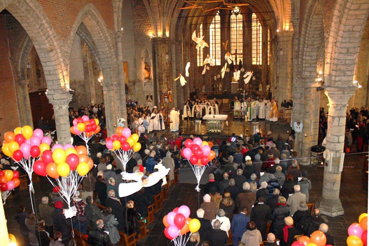 1502_Messe avec les consacrés 14