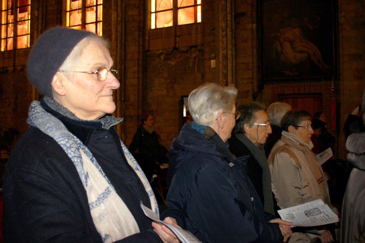 1502_Messe avec les consacrés 21