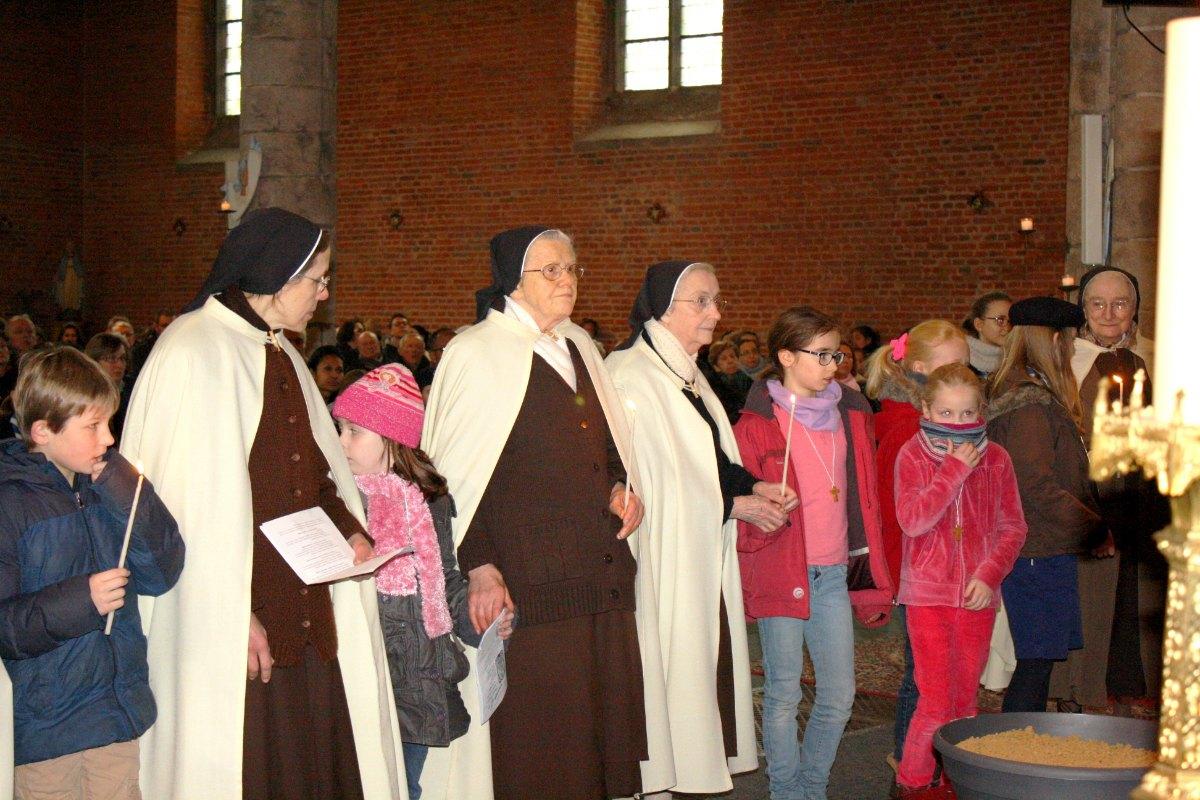 1502_Messe avec les consacrés 42