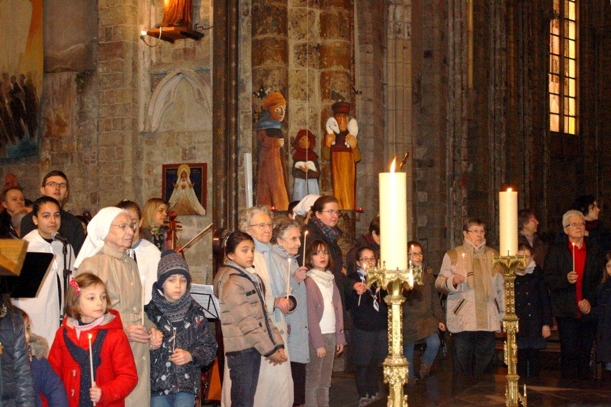 1502_Messe avec les consacrés 46