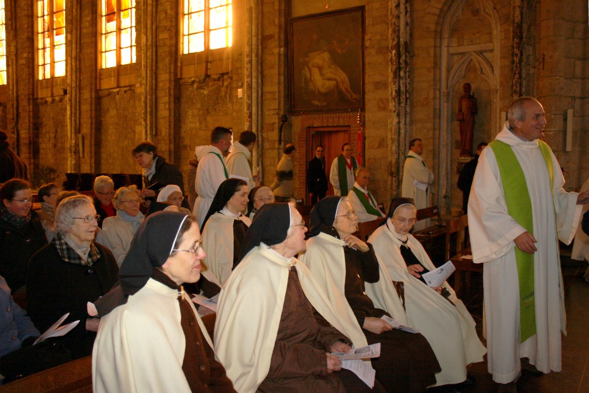 1502_Messe avec les consacrés 3