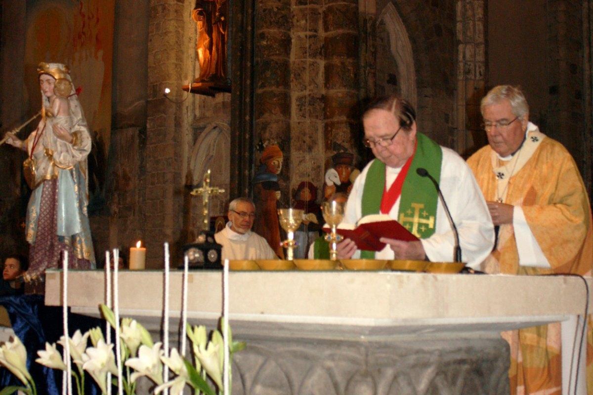 1502_Messe avec les consacrés 66
