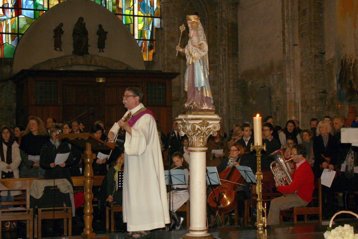 1503_1ères communions (St-Jean) 17