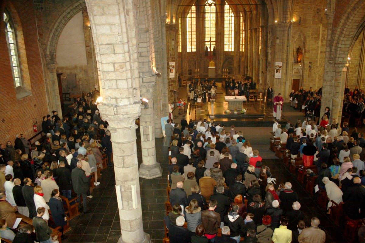 1503_1ères communions (St-Jean) 42