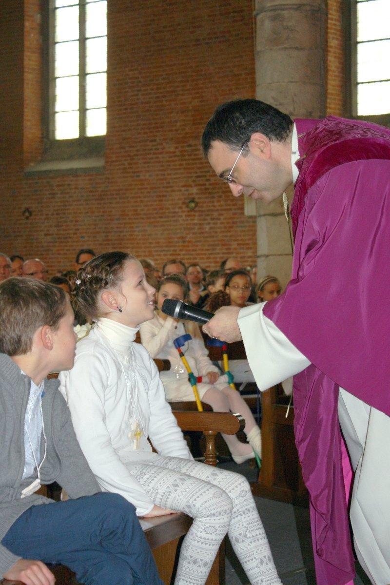 1503_1ères communions (St-Jean) 48