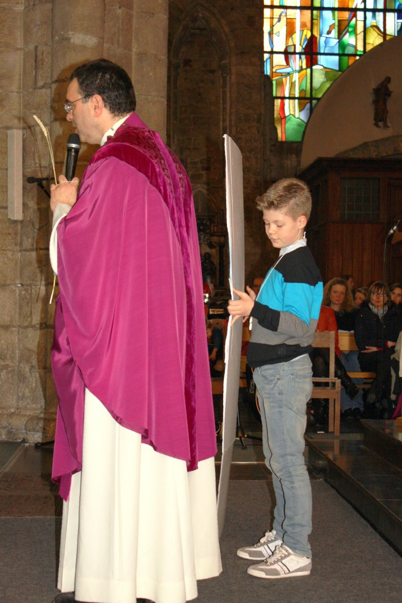 1503_1ères communions (St-Jean) 49