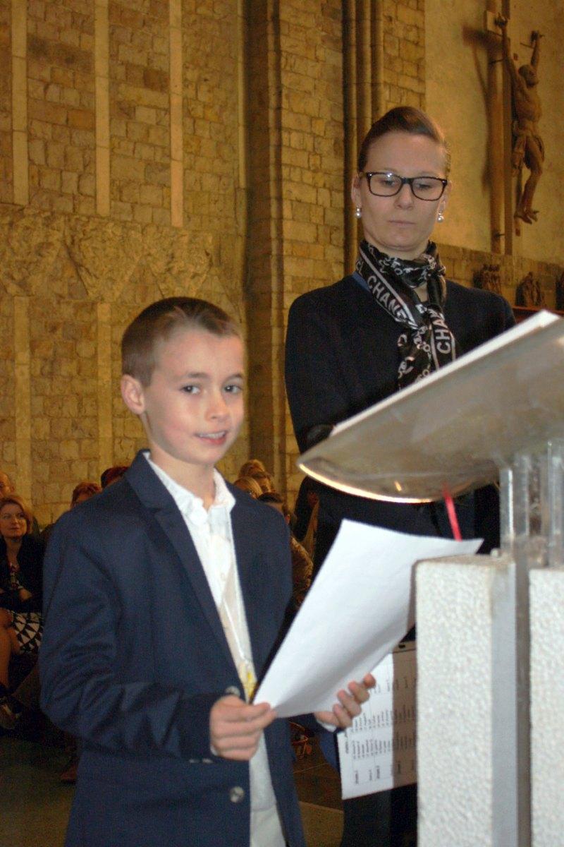 1503_1ères communions (St-Jean) 53