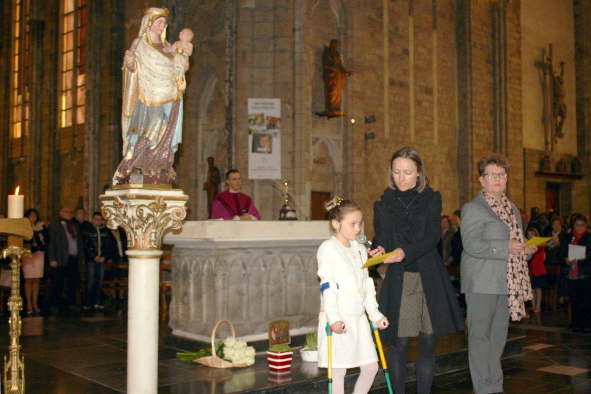 1503_1ères communions (St-Jean) 60