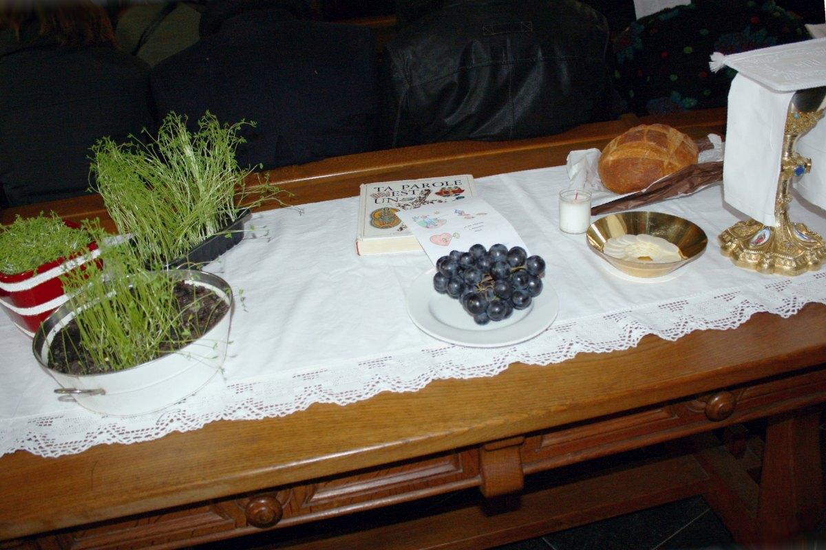 1503_1ères communions (St-Jean) 2