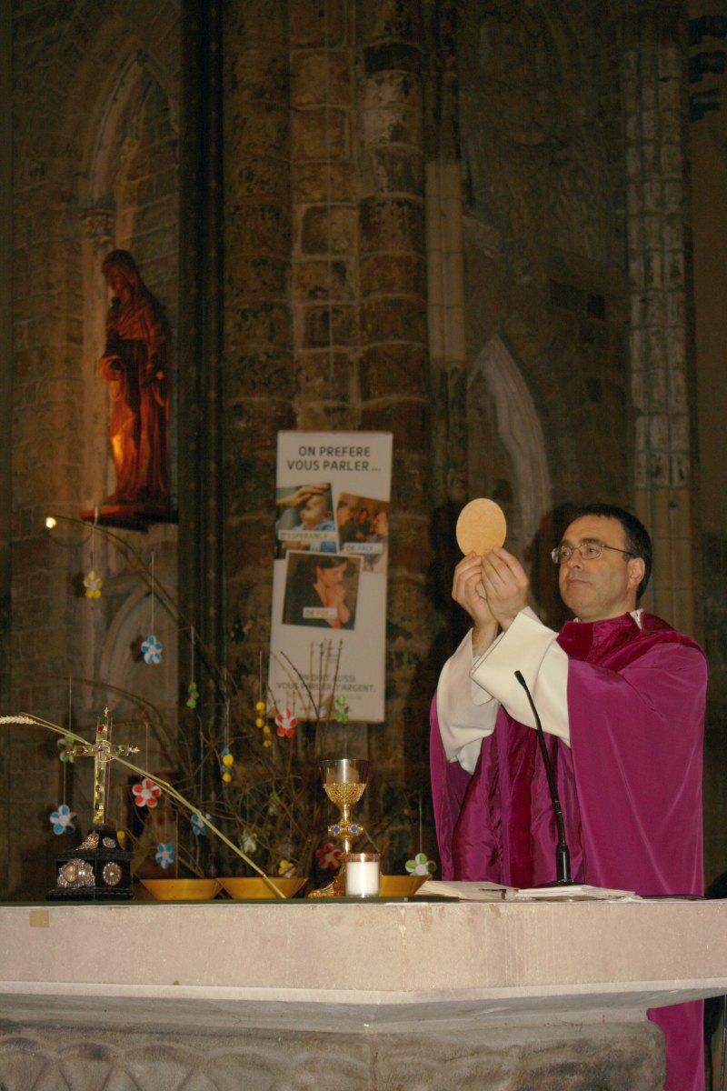 1503_1ères communions (St-Jean) 71