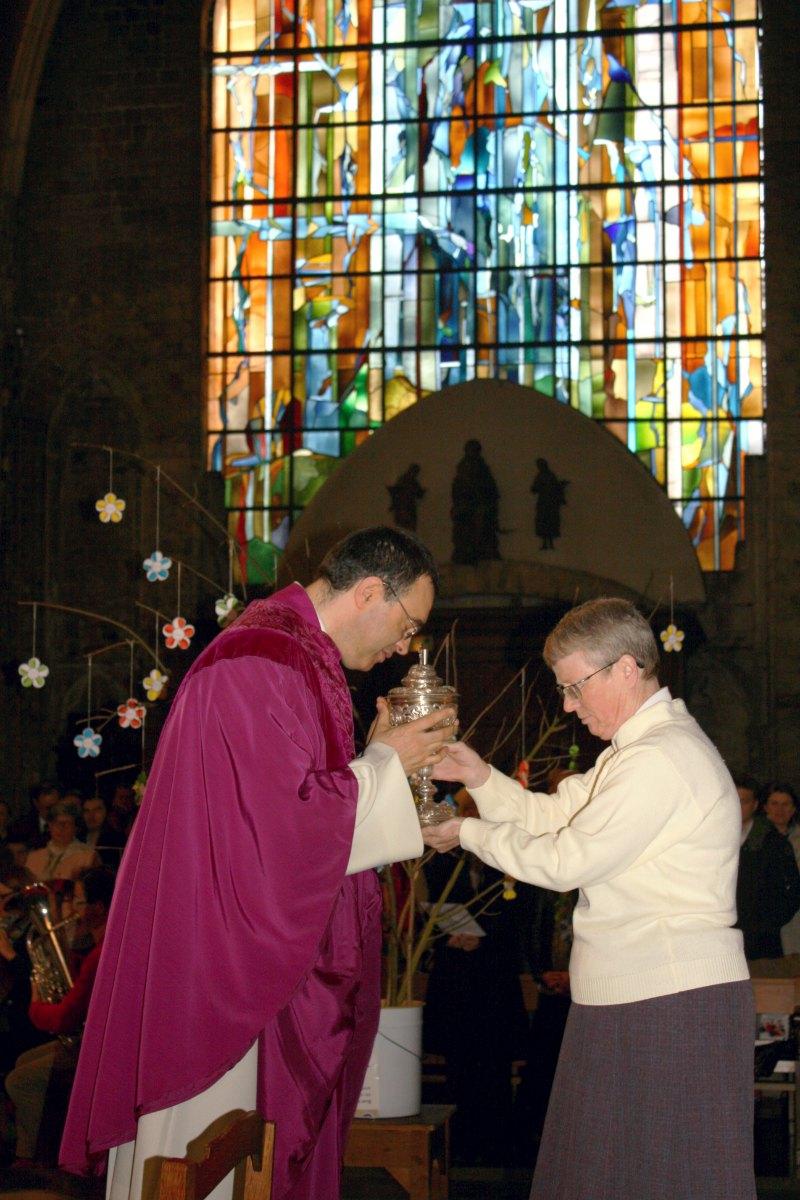 1503_1ères communions (St-Jean) 76