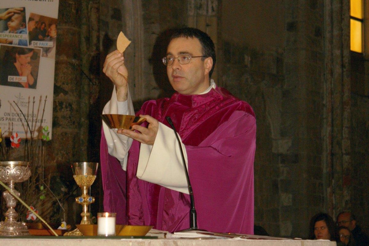 1503_1ères communions (St-Jean) 77
