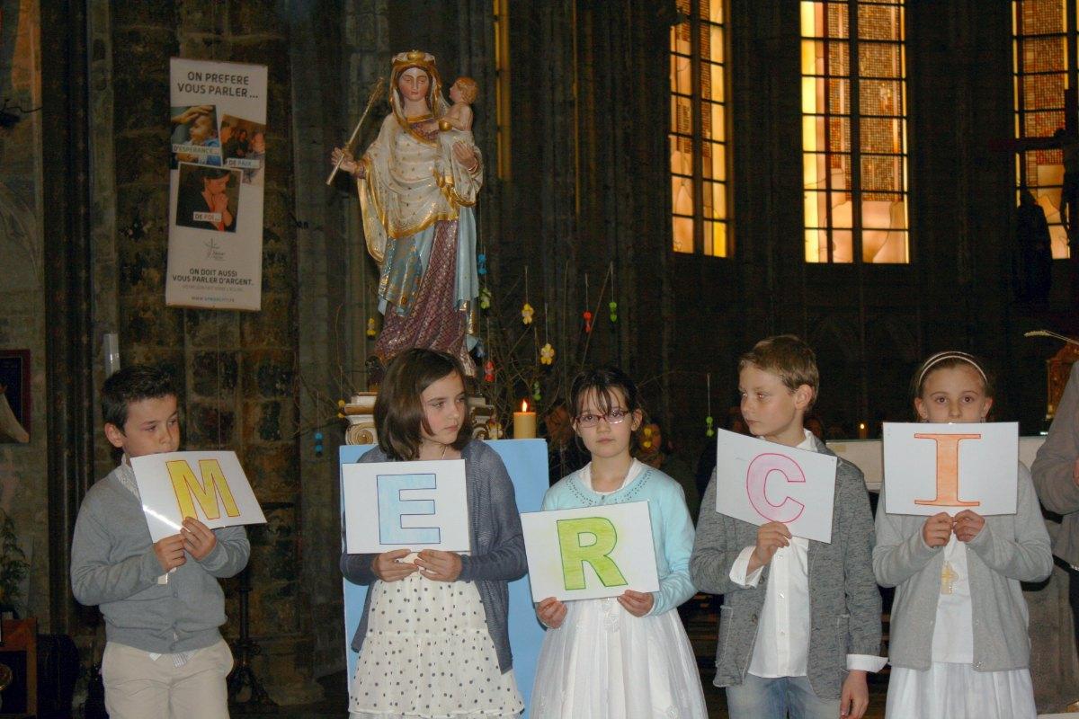 1503_1ères communions (St-Jean) 89