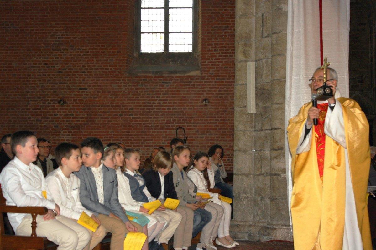 1504_1ères communions (Ecole Ste-Union) 27