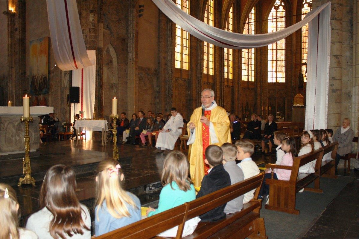 1504_1ères communions (Ecole Ste-Union) 28