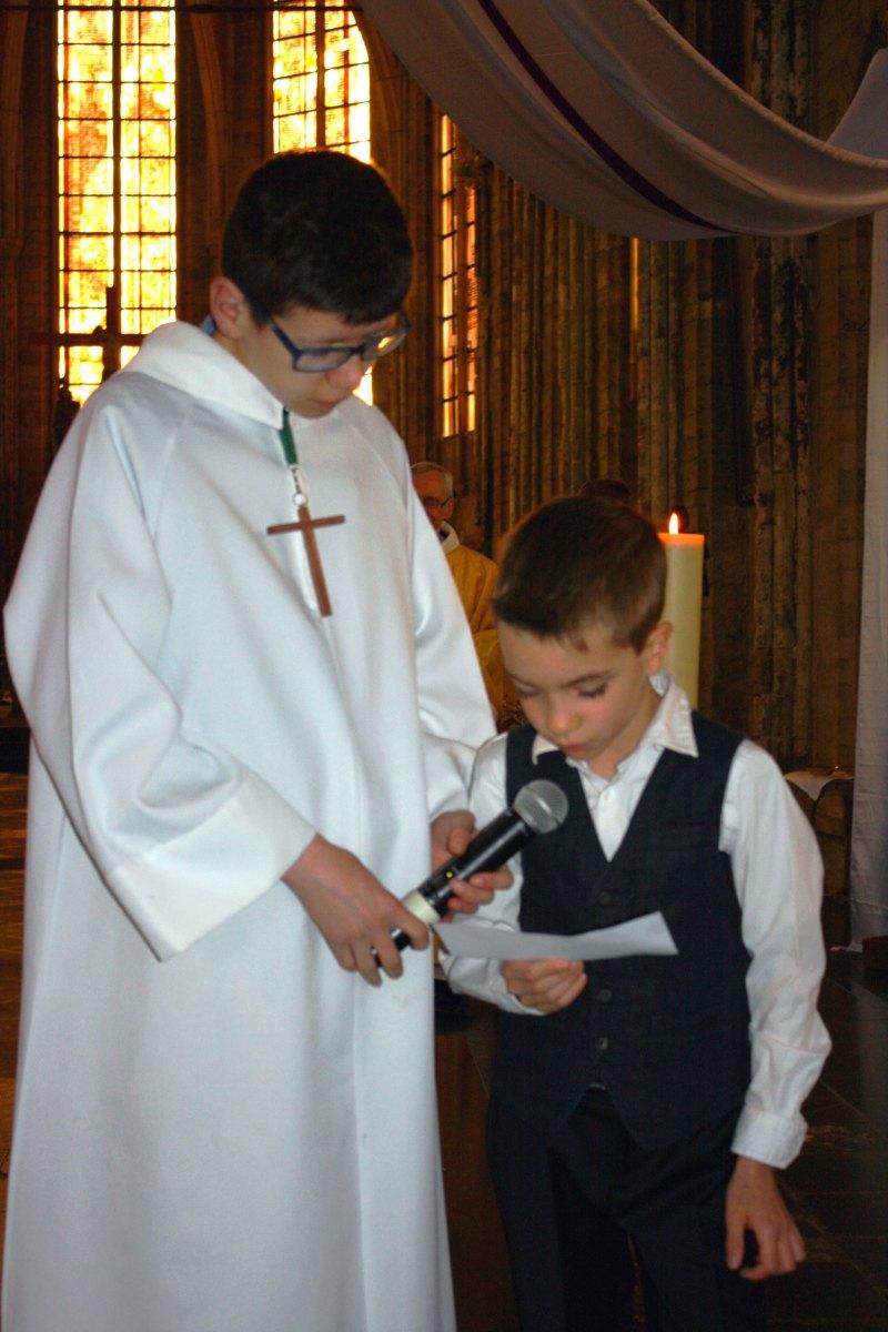 1504_1ères communions (Ecole Ste-Union) 29