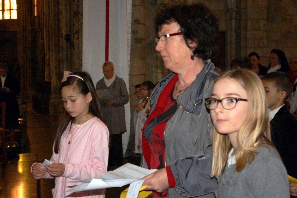 1504_1ères communions (Ecole Ste-Union) 30