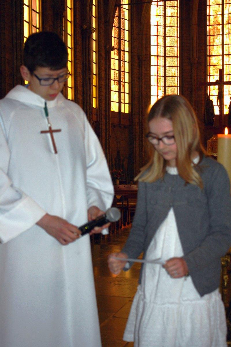 1504_1ères communions (Ecole Ste-Union) 32