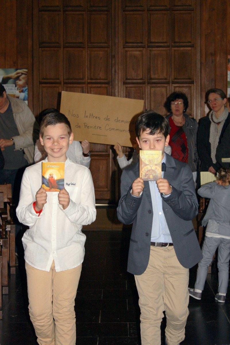 1504_1ères communions (Ecole Ste-Union) 34