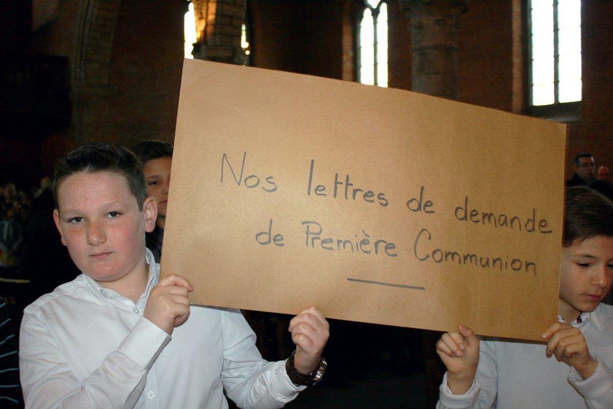 1504_1ères communions (Ecole Ste-Union) 36
