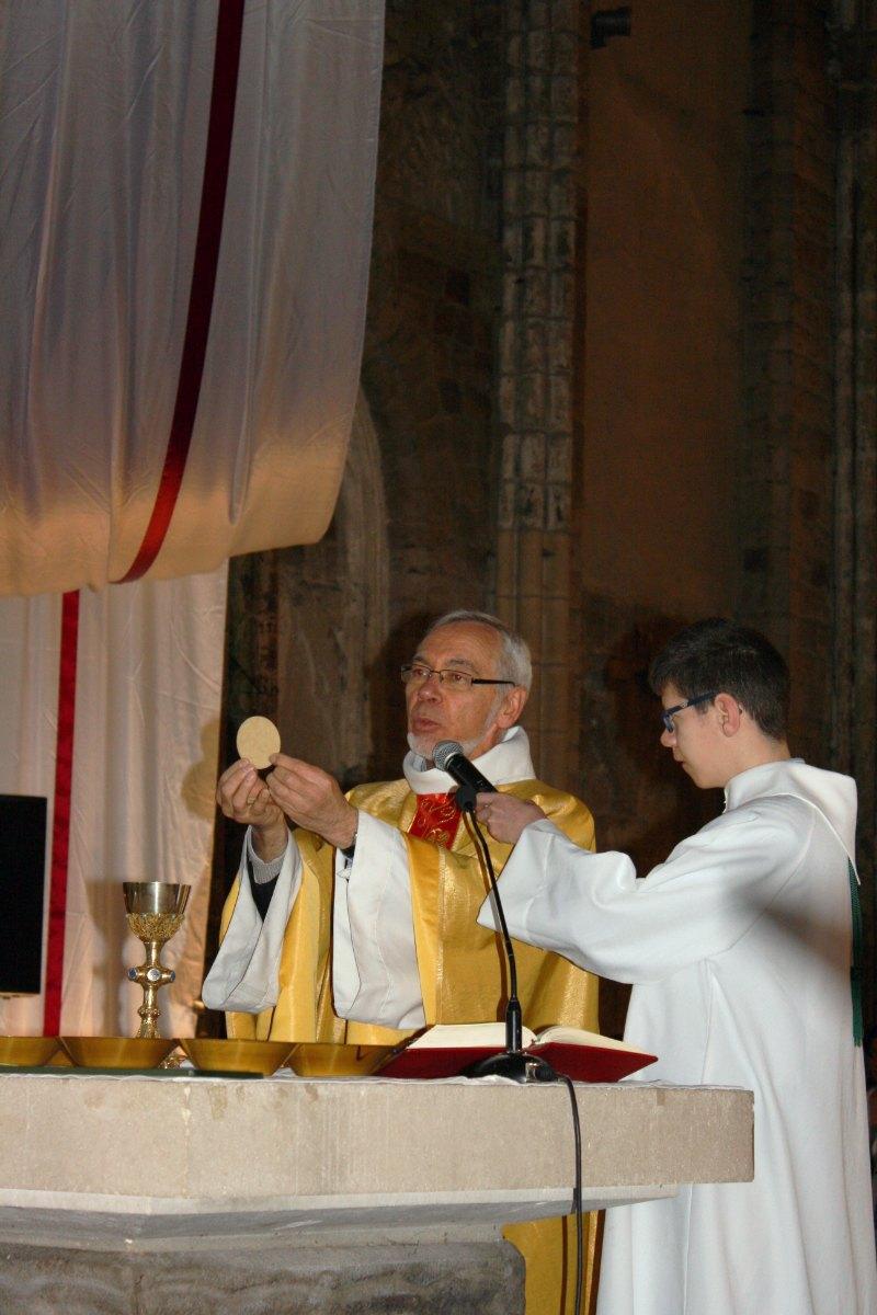 1504_1ères communions (Ecole Ste-Union) 37