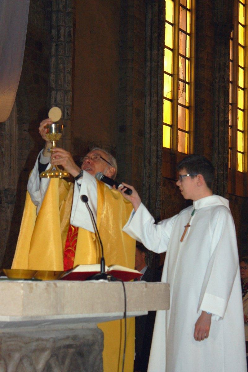 1504_1ères communions (Ecole Ste-Union) 41