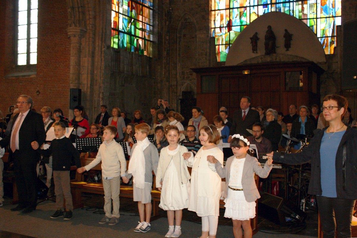 1504_1ères communions (Ecole Ste-Union) 46