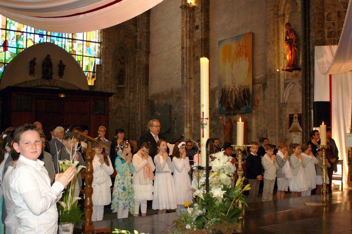 1504_1ères communions (Ecole Ste-Union) 51