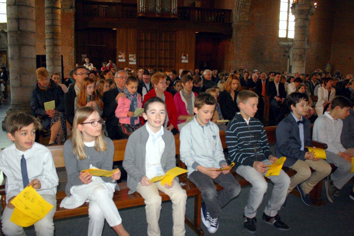 1504_1ères communions (Ecole Ste-Union) 56