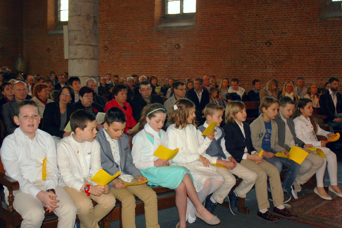 1504_1ères communions (Ecole Ste-Union) 57