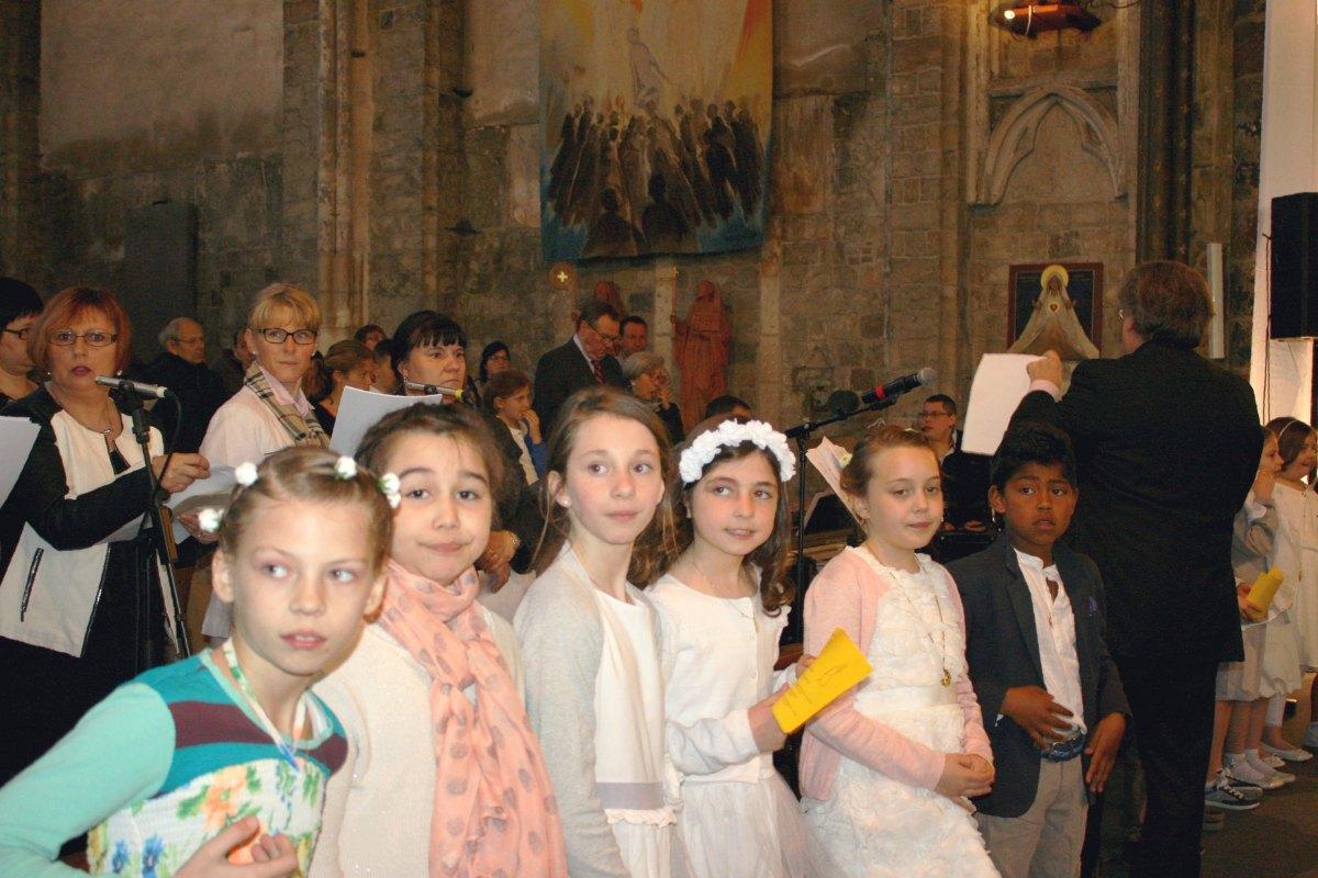 1504_1ères communions (Ecole Ste-Union) 63