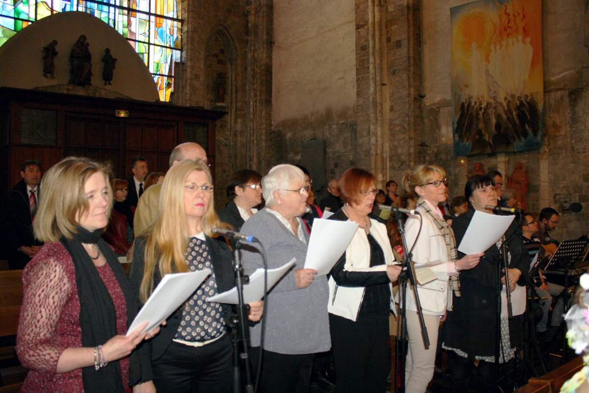 1504_1ères communions (Ecole Ste-Union) 64