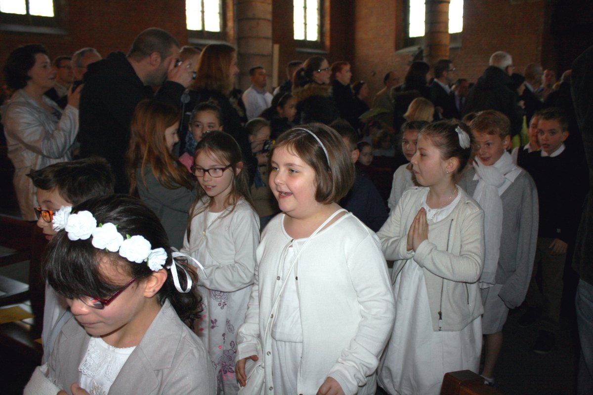 1504_1ères communions (Ecole Ste-Union) 3