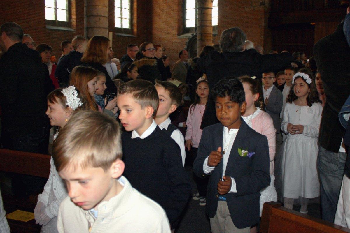1504_1ères communions (Ecole Ste-Union) 4