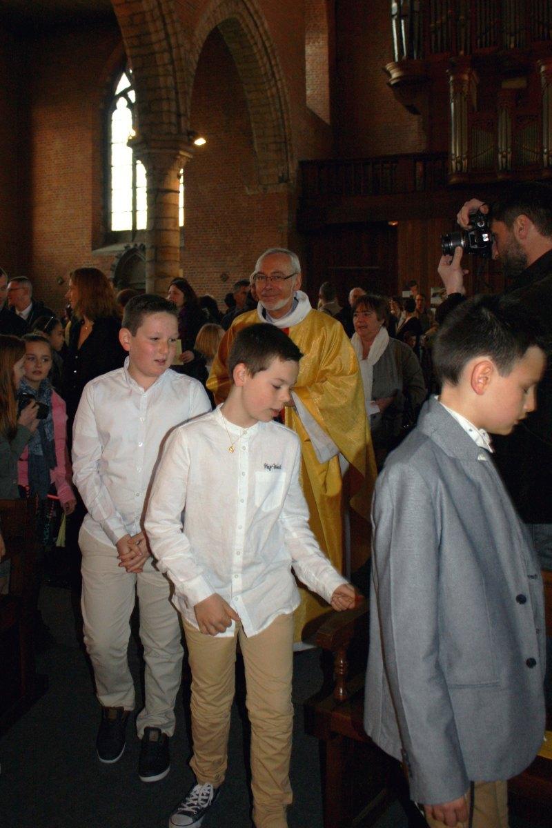 1504_1ères communions (Ecole Ste-Union) 7
