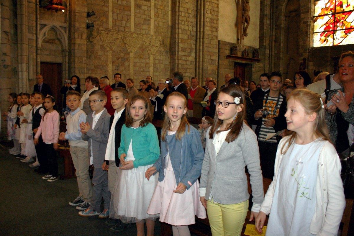1504_1ères communions (Ecole Ste-Union) 8