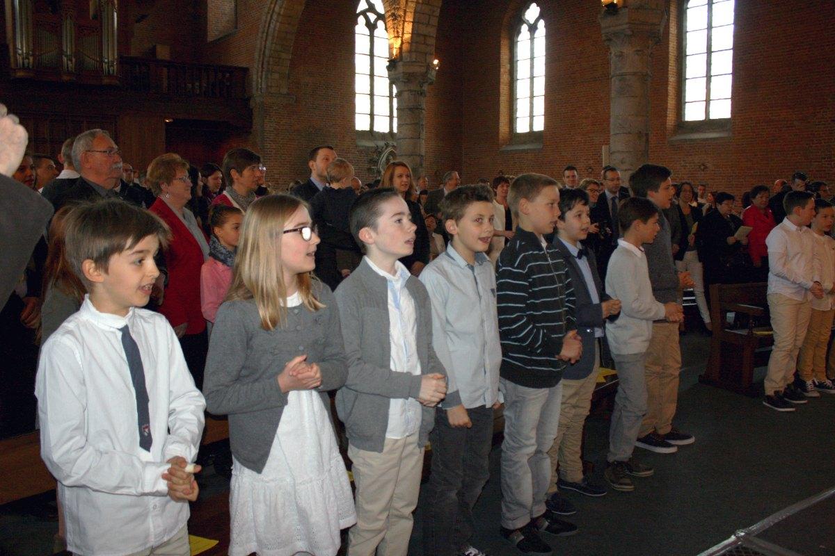 1504_1ères communions (Ecole Ste-Union) 9