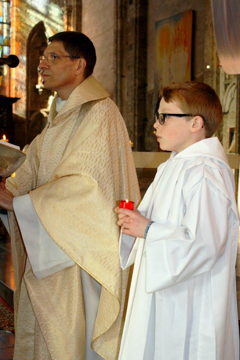 1504_Messe avec baptêmes 20