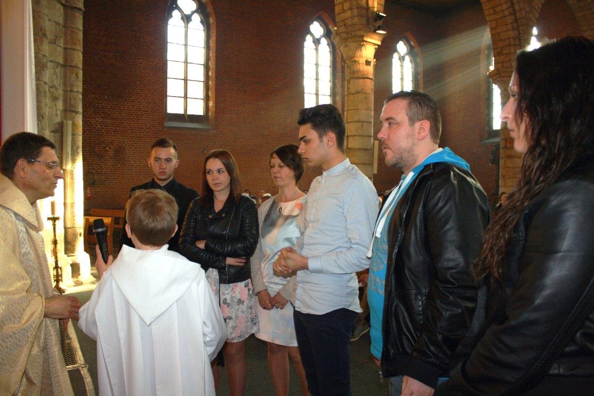 1504_Messe avec baptêmes 24