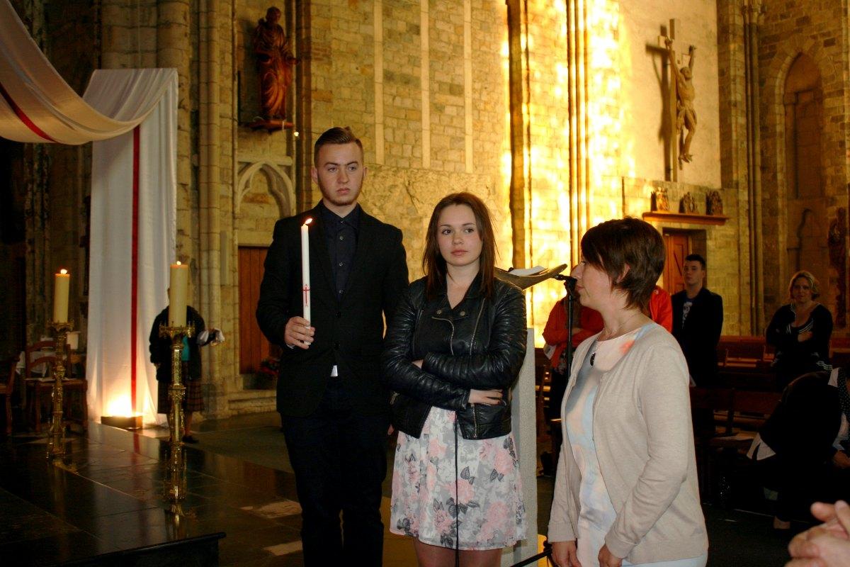 1504_Messe avec baptêmes 31