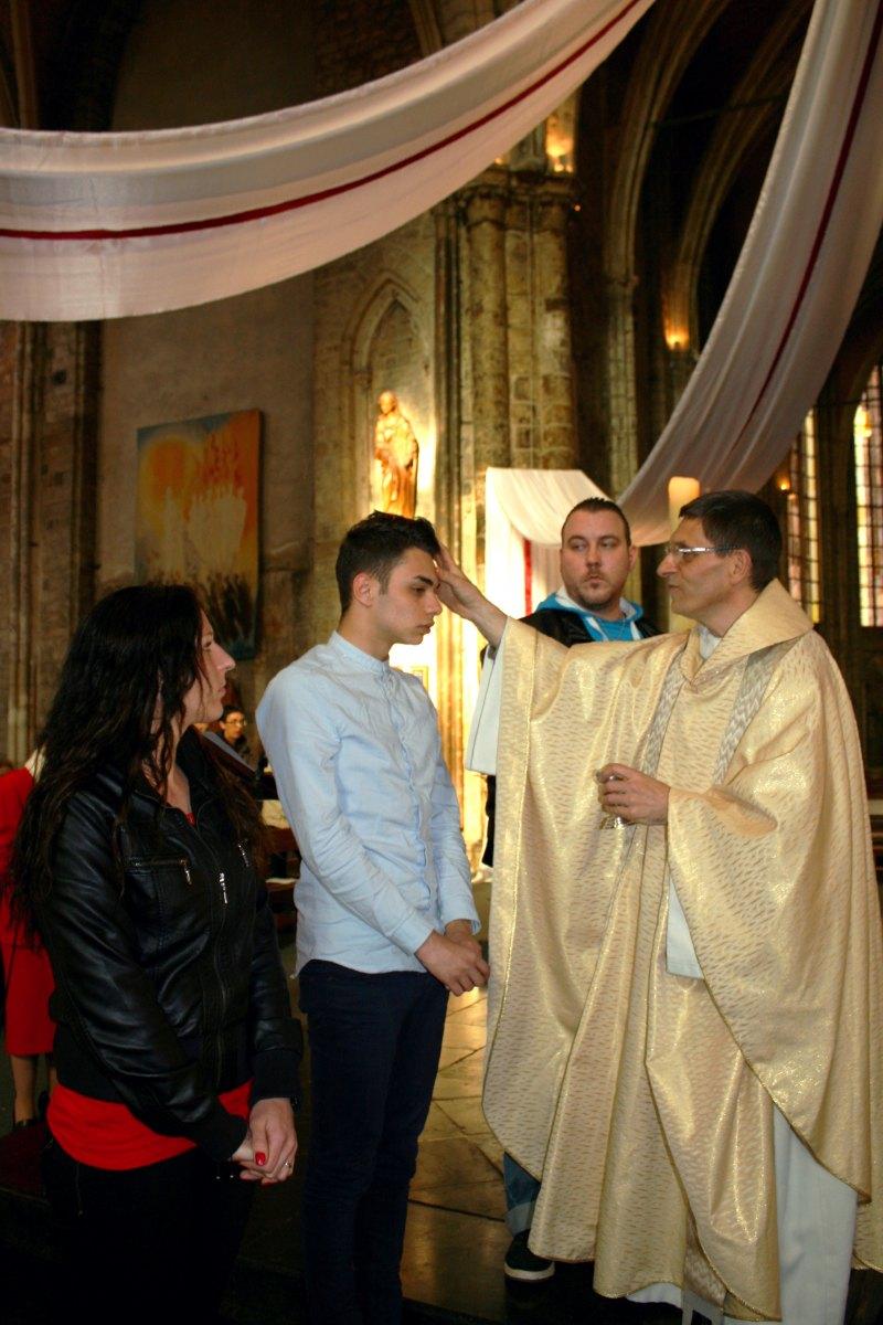 1504_Messe avec baptêmes 33